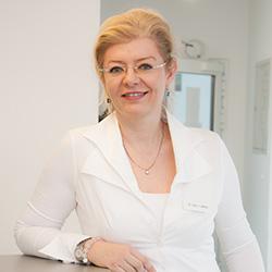 Български лекар в Германия / лекар с български език в Германия Frau Dr. Jenda Körber